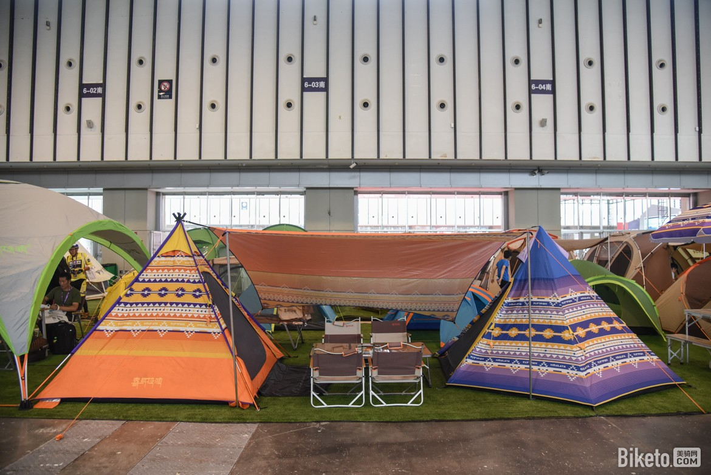 亚洲展帐篷区