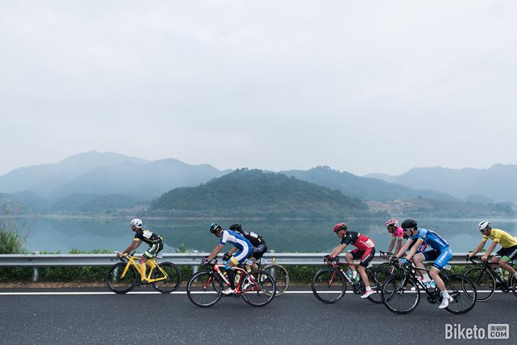 2.5天休假模式 对骑行者有什么影响?_参加一场业余赛事