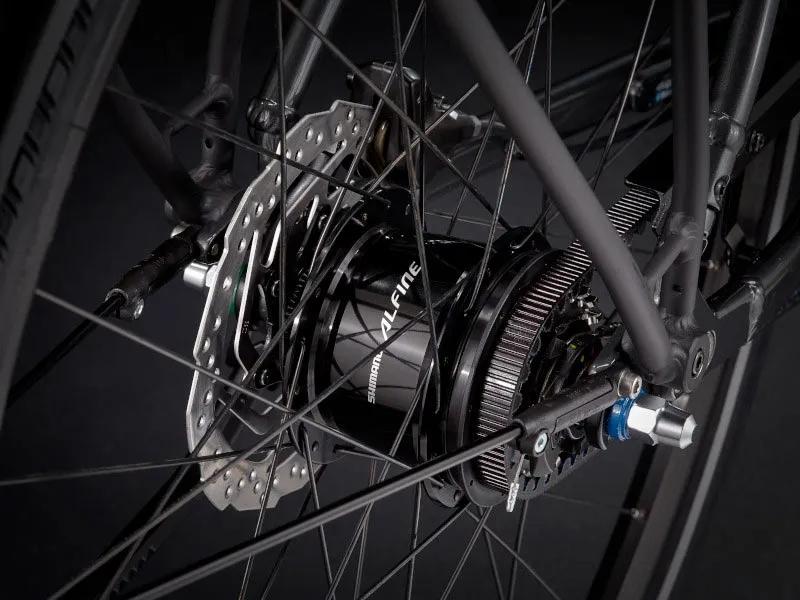 2022-trek-district-4-equipped-belt-drive-commuter-bike-1.webp.jpg