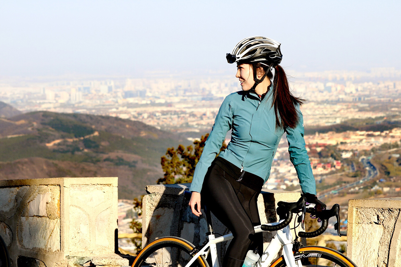 单车美女,单车女神,骑行女生,骑公路车的小草莓,吴云飞,香山爬坡,北京,妙峰山计时
