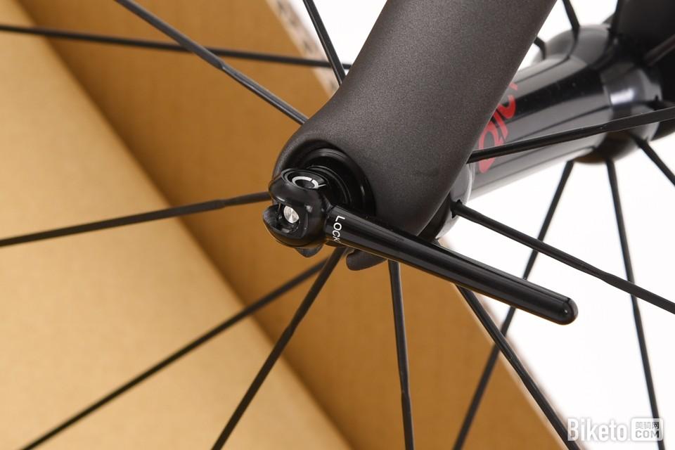 小米自行车初印象:QICYCLE R1公路车 开箱