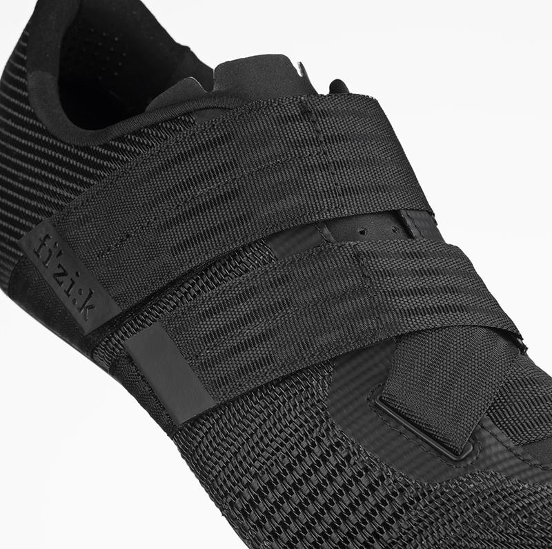 Fizik发布全新鞋面材料超轻骑行鞋Vento Powerstrap R2 Aeroweave