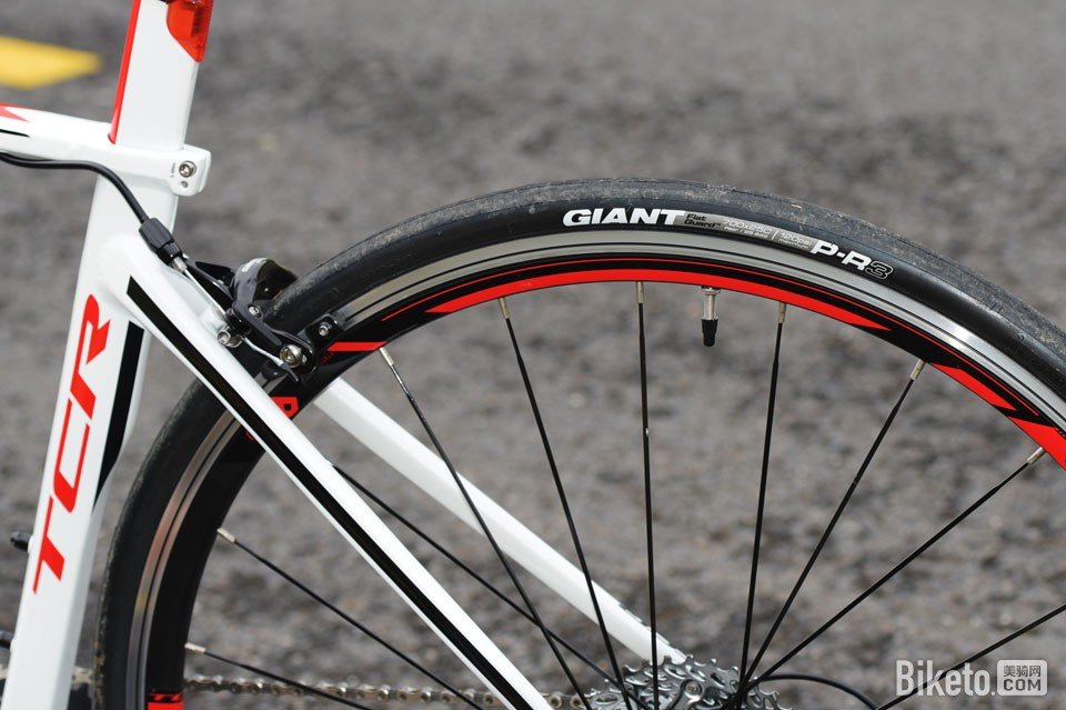 GIANT TCR 6600轮胎