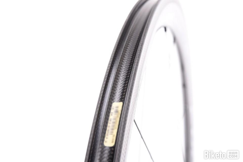 高性价比碳轮 Fulcrum Racing Quattro Carbon评测