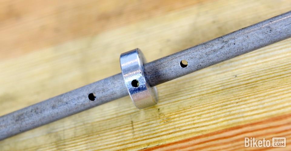 精密构造的XC前叉 RST REVEAL 29-15拆解评测