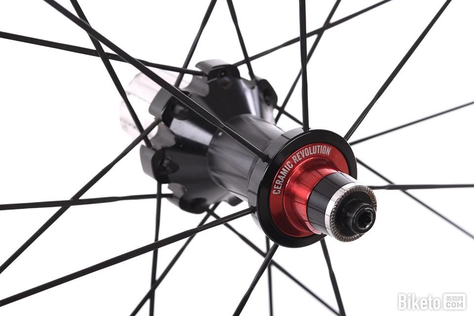 噬风而行――Vision Metron 40 碳纤维开口轮组