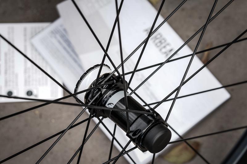 一线大牌碟刹碳轮只要6680元起?