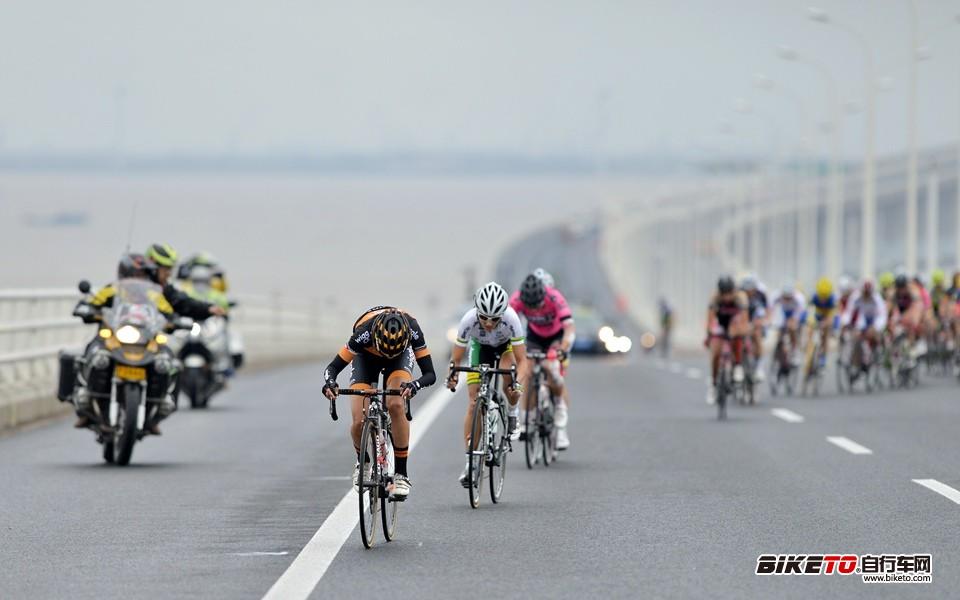 UCI女子世界杯崇明站 (20).jpg