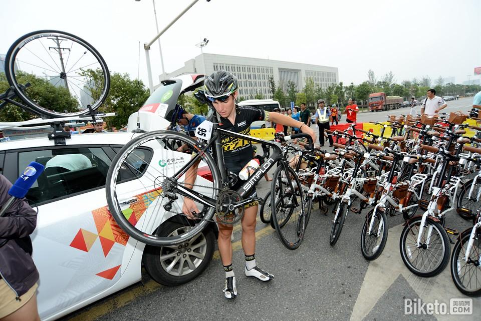 环中赛,环中国国际公路自行车赛,第三赛段,江夏,蔡甸,兔子