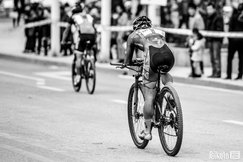 biketo美骑网-亮亮-5797.jpg