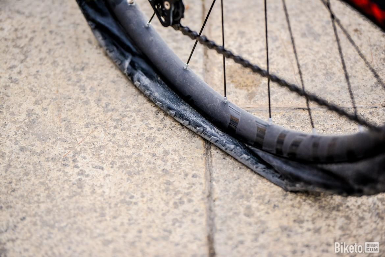 biketo美骑网-亮亮-5801.jpg