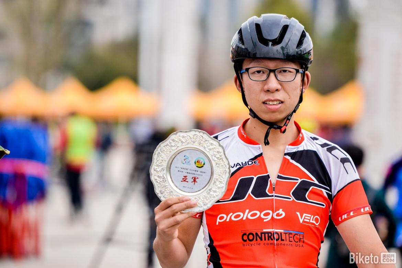 biketo美骑网-亮亮-5886.jpg
