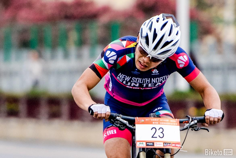 biketo美骑网-亮亮-5724.jpg