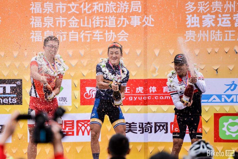 biketo美骑网-亮亮-5852.jpg