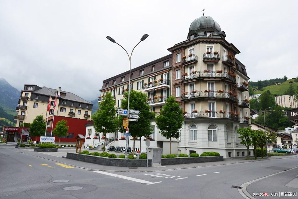 瑞士 阿尔卑斯山建筑
