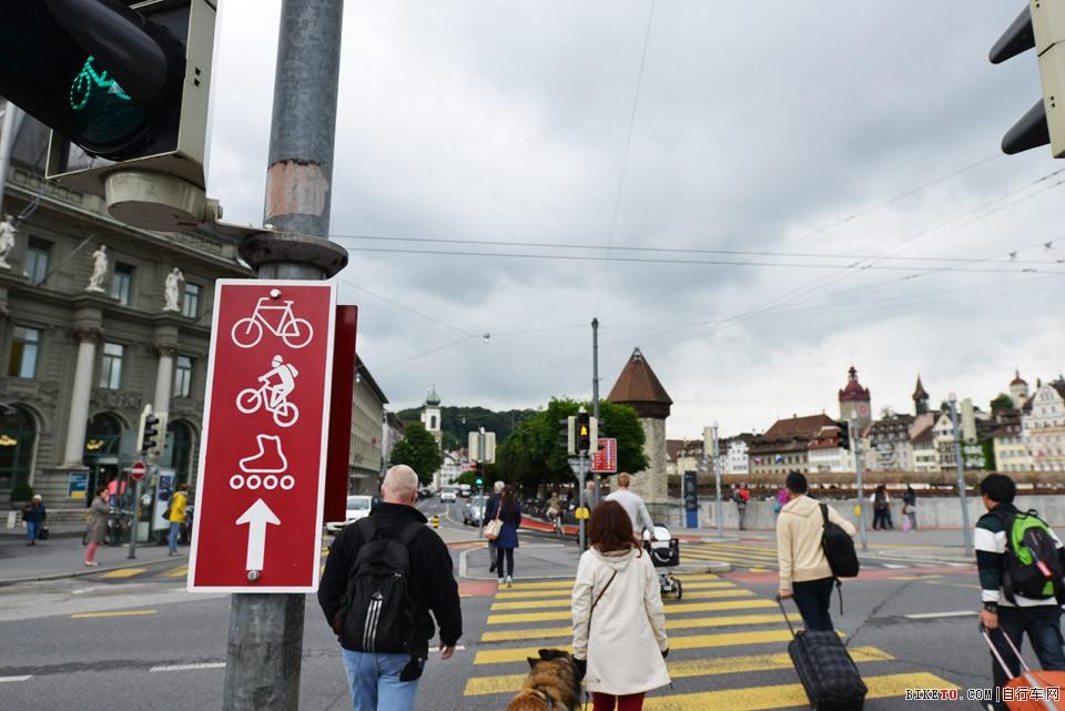 瑞士自行车交通灯 标识