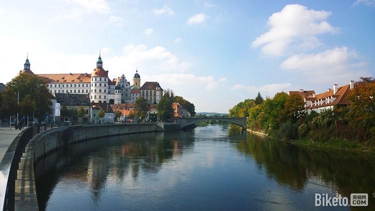 多瑙河畔的诺伊堡