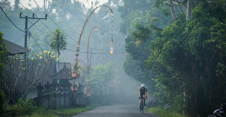 巴厘岛公路骑行:探索不为人知的秘境