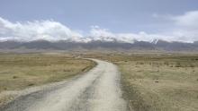 环青海湖骑行之旅(2)行走在去往江西沟乡的西部公路上