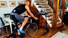 来点小妙招!骑行台训练中如何避免无聊?